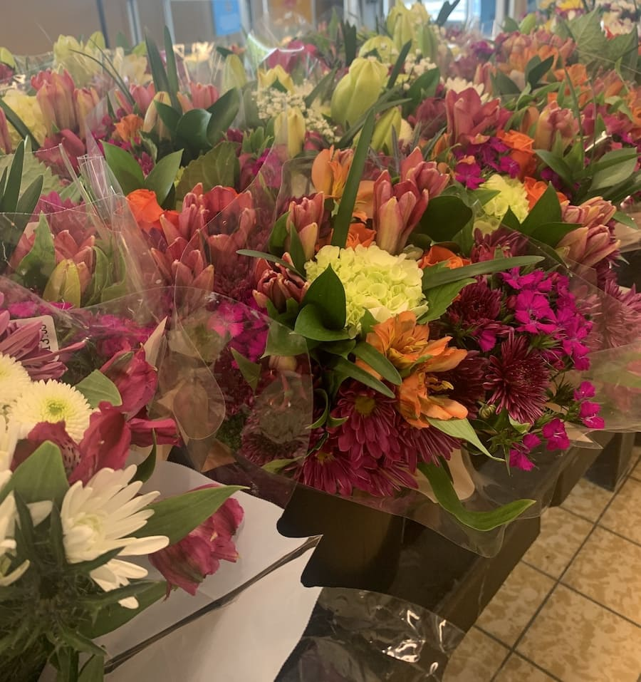 Aldi Flowers - Bouquet for Mother's Day
