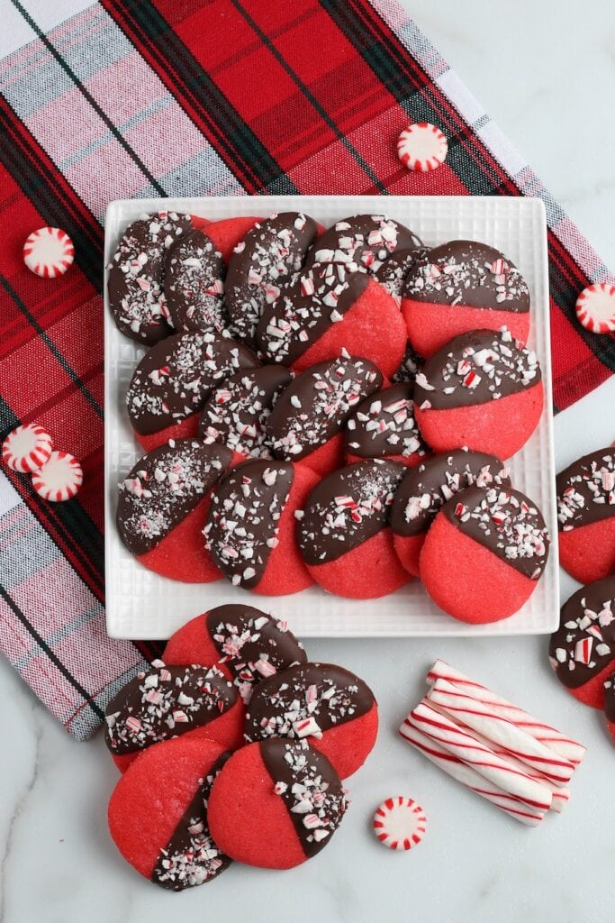Red and Chocolate Cookies