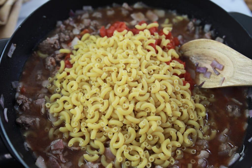 Bacon Cheeseburger Casserole with Macaroni Noodles