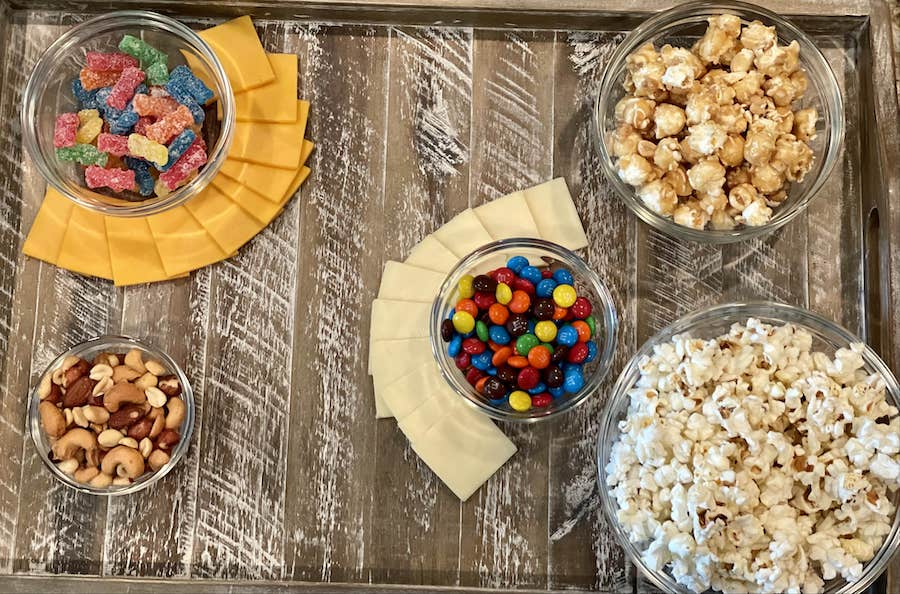 How to make a snack board