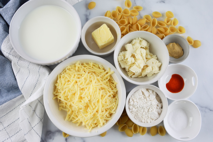 macaroni and cheese ingredients in bowls