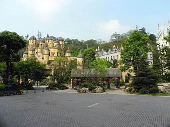 340486,xcitefun-european-china-castle-4