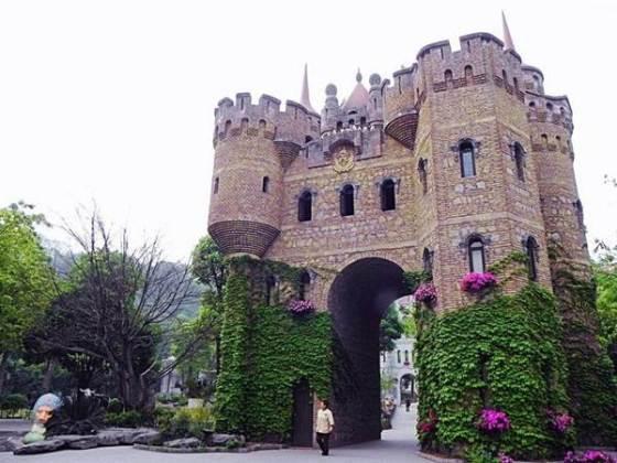 340487,xcitefun-european-china-castle-3