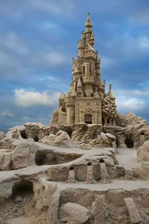 97 Awesome Sand Castle_thumb[1]