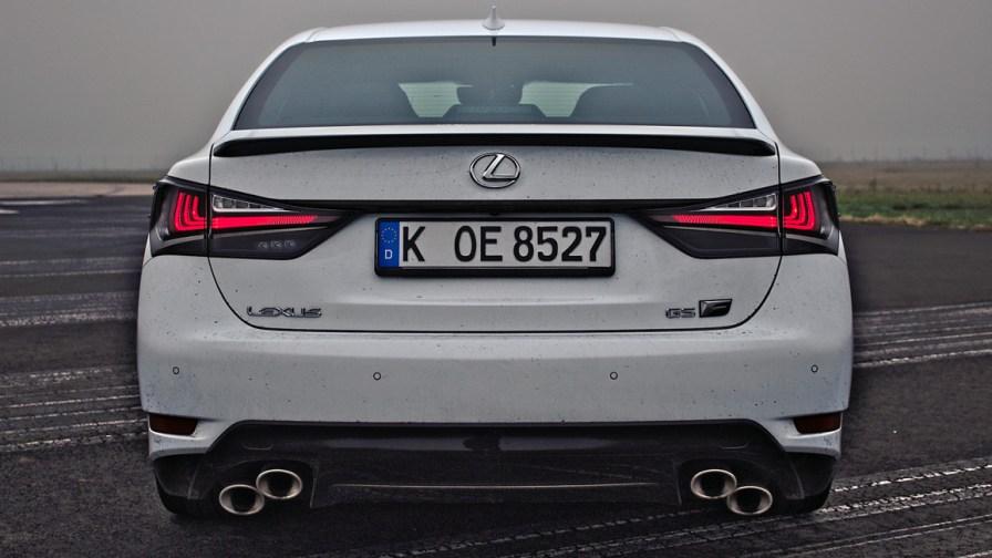 2016 Lexus GS F Fujiweiss / Mario von Berg