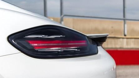 Porsche 718 Cayman S Carreraweiß