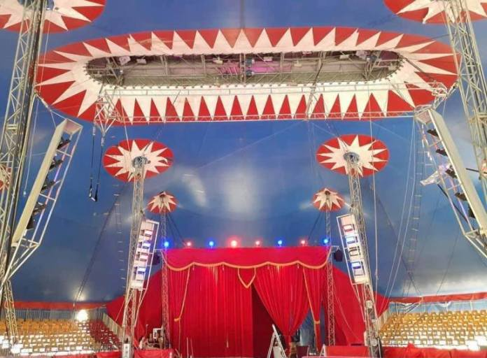 A Sulmona il grandioso e di successo, Maya Orfei Circo Madagascar