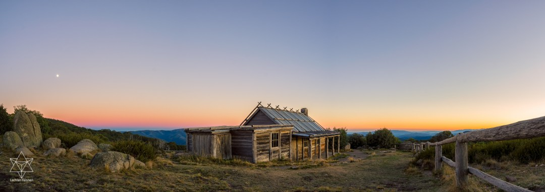 craigs-hut-1742-pano-edit