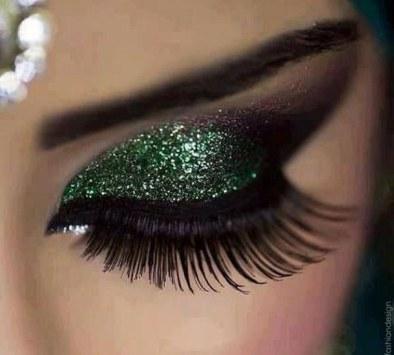 amazing-eye-eye-makeup-eyelashes-Favim_com-1357790