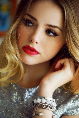 red-lipstick-36