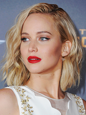 "LOS ANGELES, CA - NOVEMBER 16: Actress Jennifer Lawrence arrives at the Los Angeles Premiere Of Lionsgate's ""The Hunger Games: Mockingjay - Part 2"" at Microsoft Theater on November 16, 2015 in Los Angeles, California. (Photo by Jon Kopaloff/FilmMagic)"