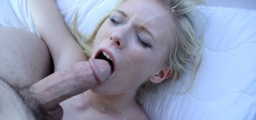 Passion-HD Elaina Raye Naughty Playtime 3