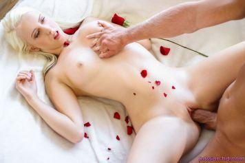 Passion Hd Darcie Belle in Flirtacious Flowers 16
