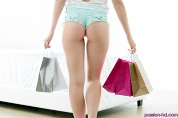 Passion Hd Chloe Couture in Home from the Mall 20