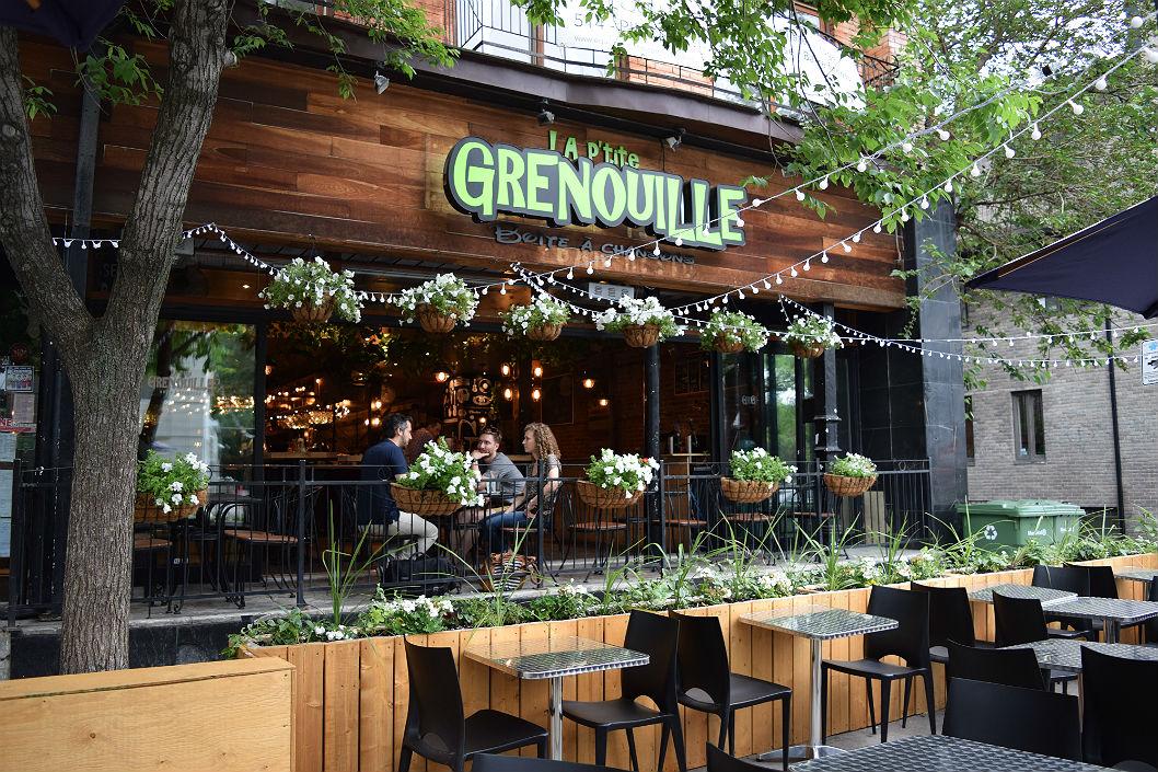 La P'tite Grenouille devant,, terrasse, restaurant, bonne bouffe