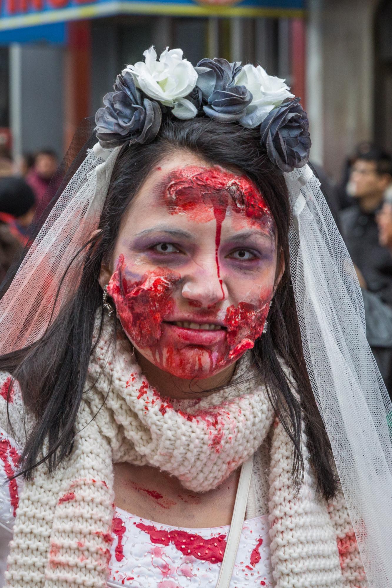 Photo : la Marche des zombies à Montréal Ouch