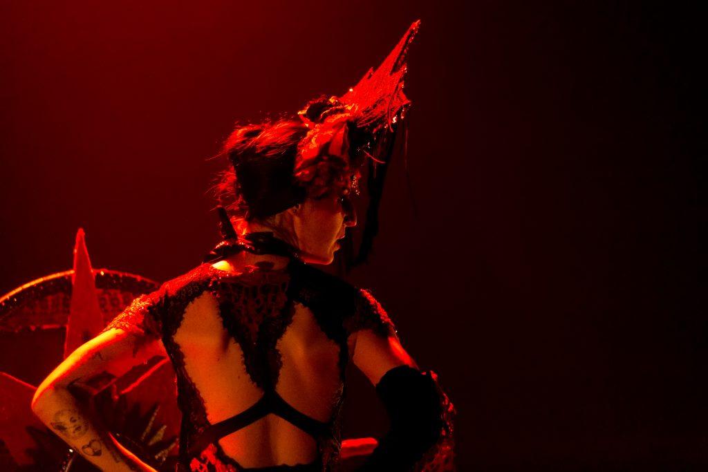 Burlesque rouge