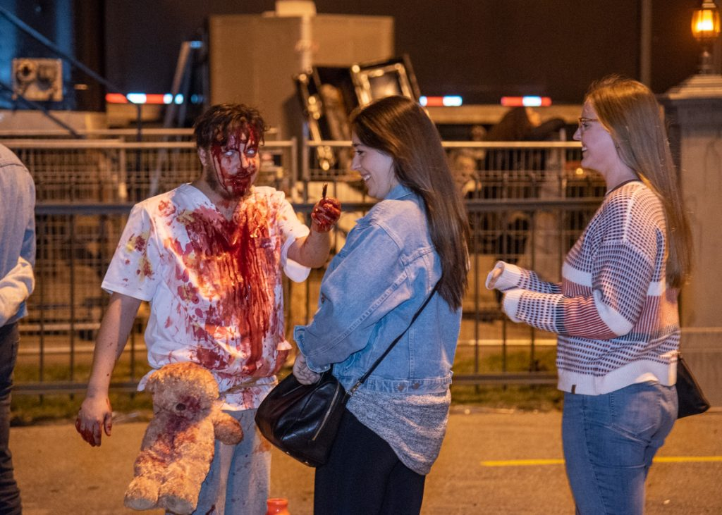 amateurs d'horreur se rencontrent sang