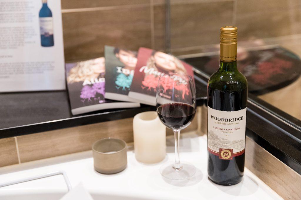 Photo WOODBRIDGE, cabernet sauvignon dans le bain!