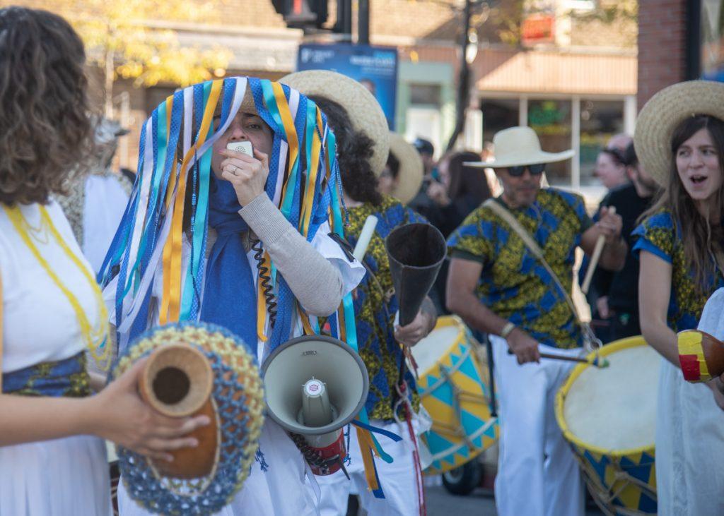 Parade Phénoménale rues Mile-End Montréal