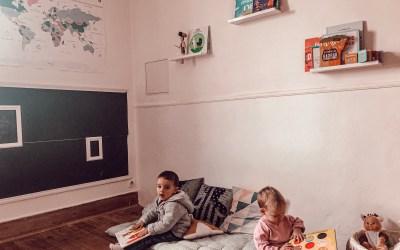 Salle de jeux inspiration Montessori