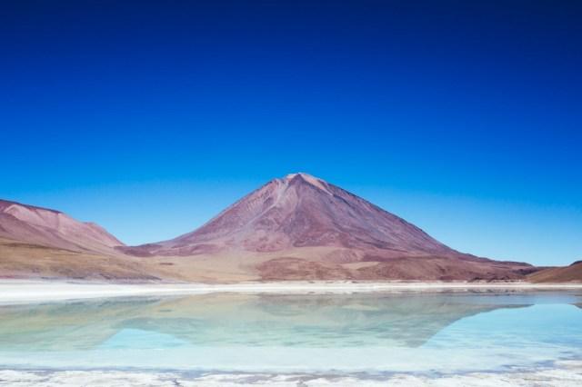 Laguna-Verde-Bolivia-Jimmy-Raper