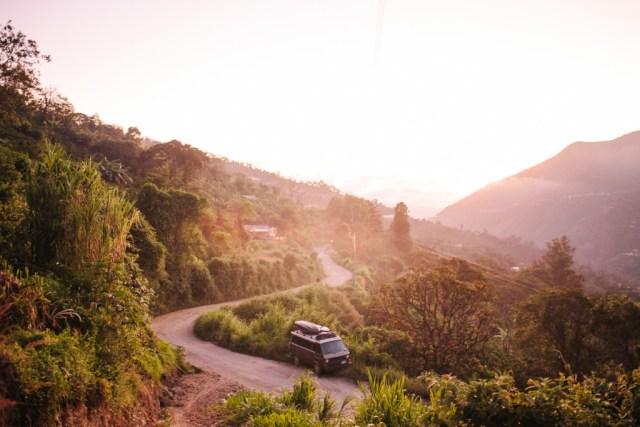 Los-Vanajeros-Montana-to-Ecuador