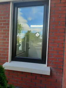 White Granite oversill