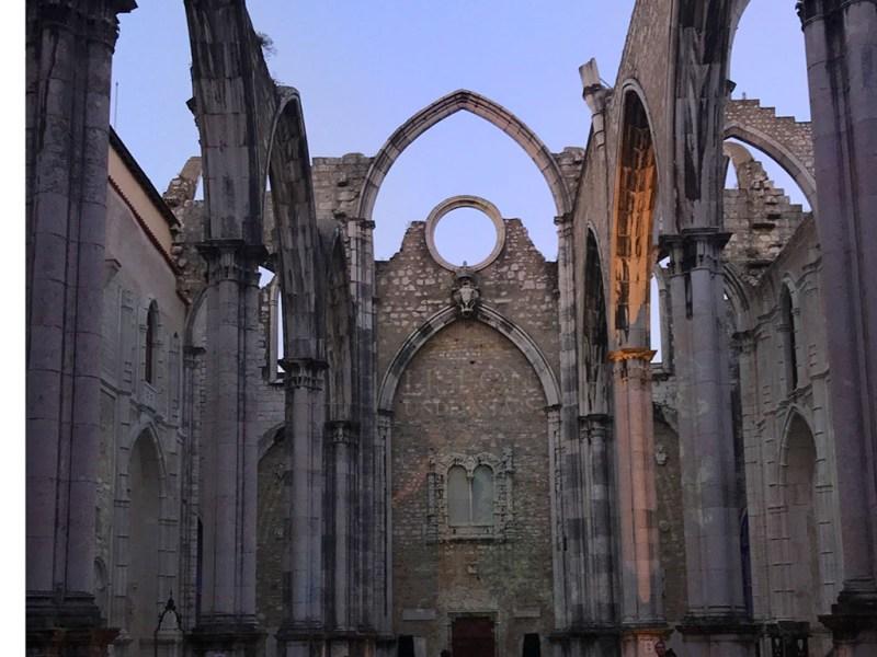 Convento do Carmo ruins
