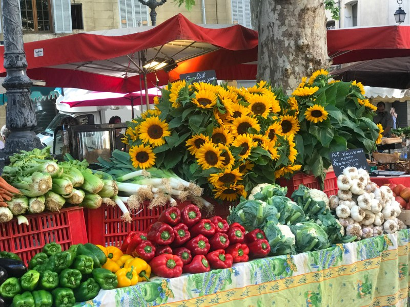 Outdoor markets in Aix-en-Provence