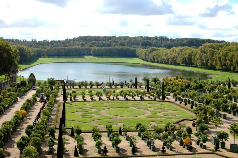 16 Cool Things to Do in Paris - Gardens of Versailles, Paris