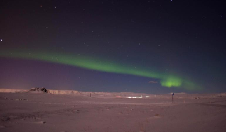 Should you book a northern lights tour in Iceland?
