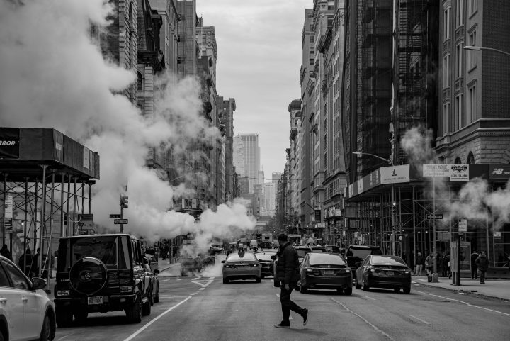 43 Epic Photos of New York City to Inspire You - Black and White New York City 5th Avenue