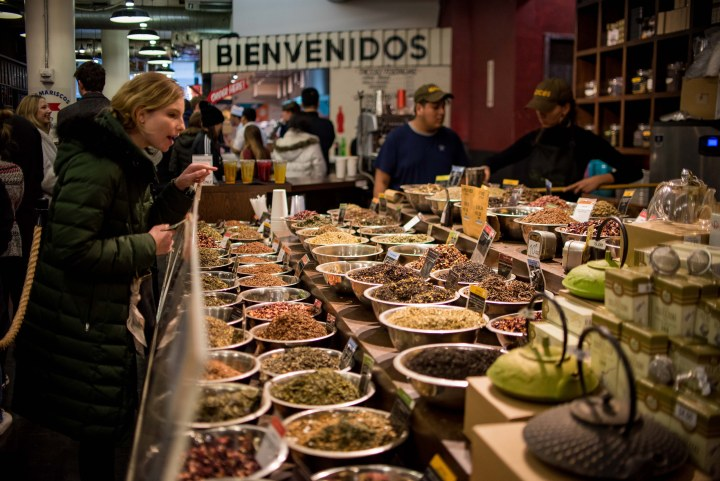 7 Fantastic Places to Eat in New York City - Chelsea Market NYC