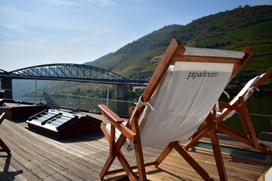 Riverboard on the Douro River