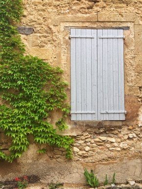 Window shutter in Cucuron