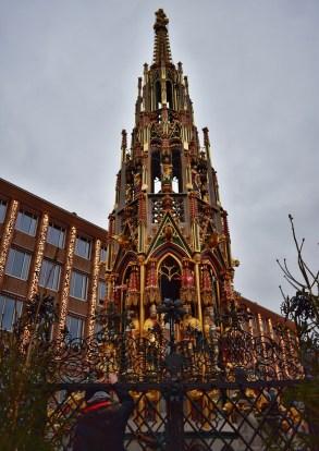 Schöner Brunnen, Nuremberg