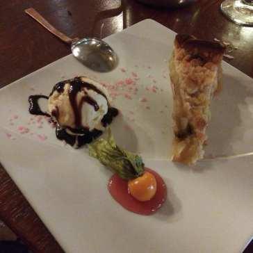 The dessert photo courtesy of Hugo Morel