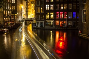 to show the canal again for best things to do in amsterdam