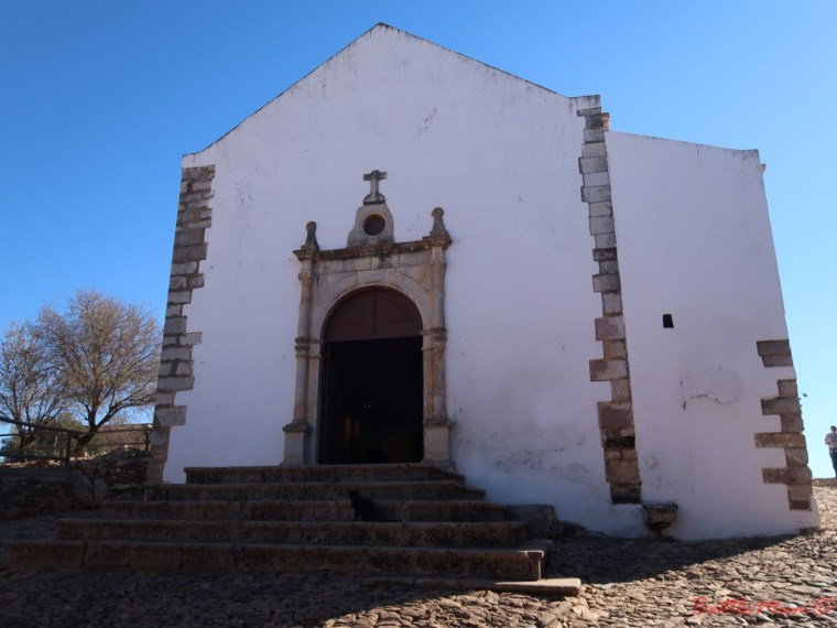 dragon hunting adventure at castro marim - The church inside Castro Marim Castle