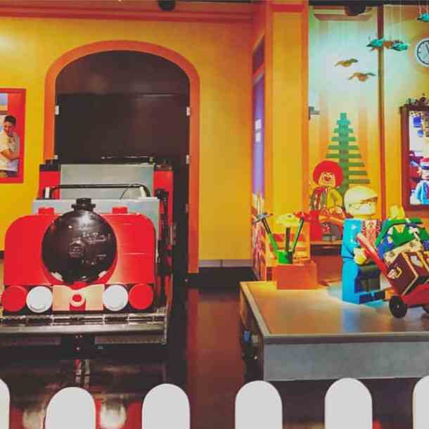 Explore This Exciting #Giveaway to the New LEGOLAND Discovery Center Philadelphia