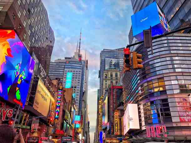 Buying Cheap Broadway Tickets in Times Square