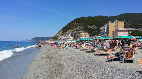 Deiva Marina Beach