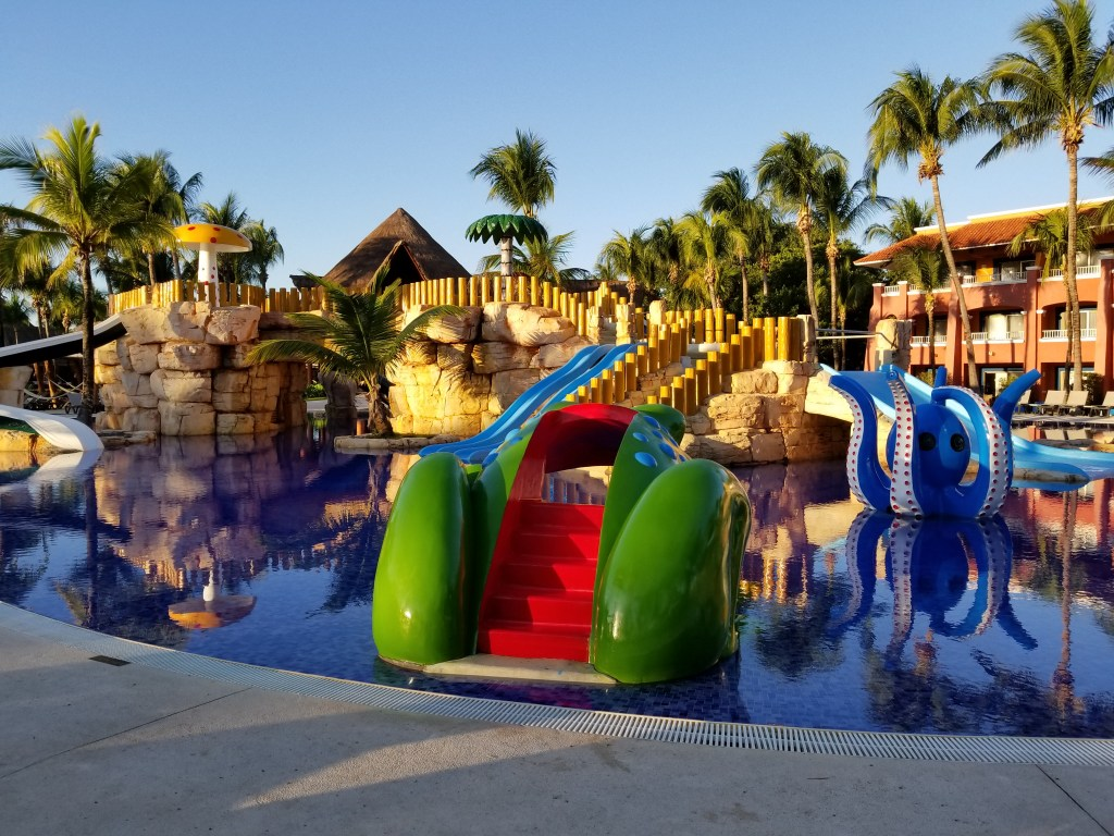 Barcy Kids Pool, Colonial Section, Barcelo Maya Grand, Mayan Riviera, Mexico