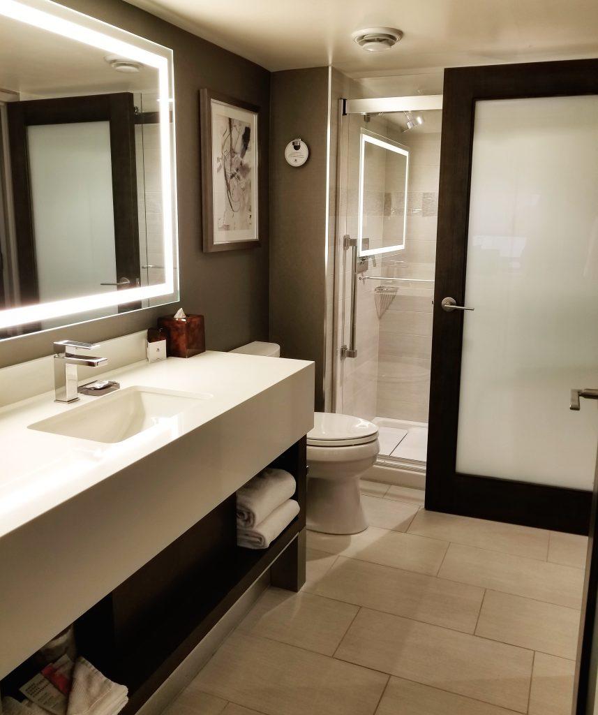 Bathroom, Calgary Marriott Downtown Hotel, Calgary, Alberta