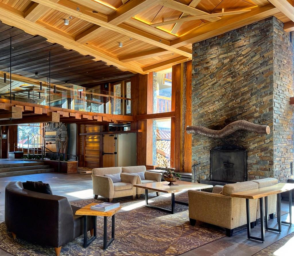 Lobby, Moose Hotel & Suites Banff
