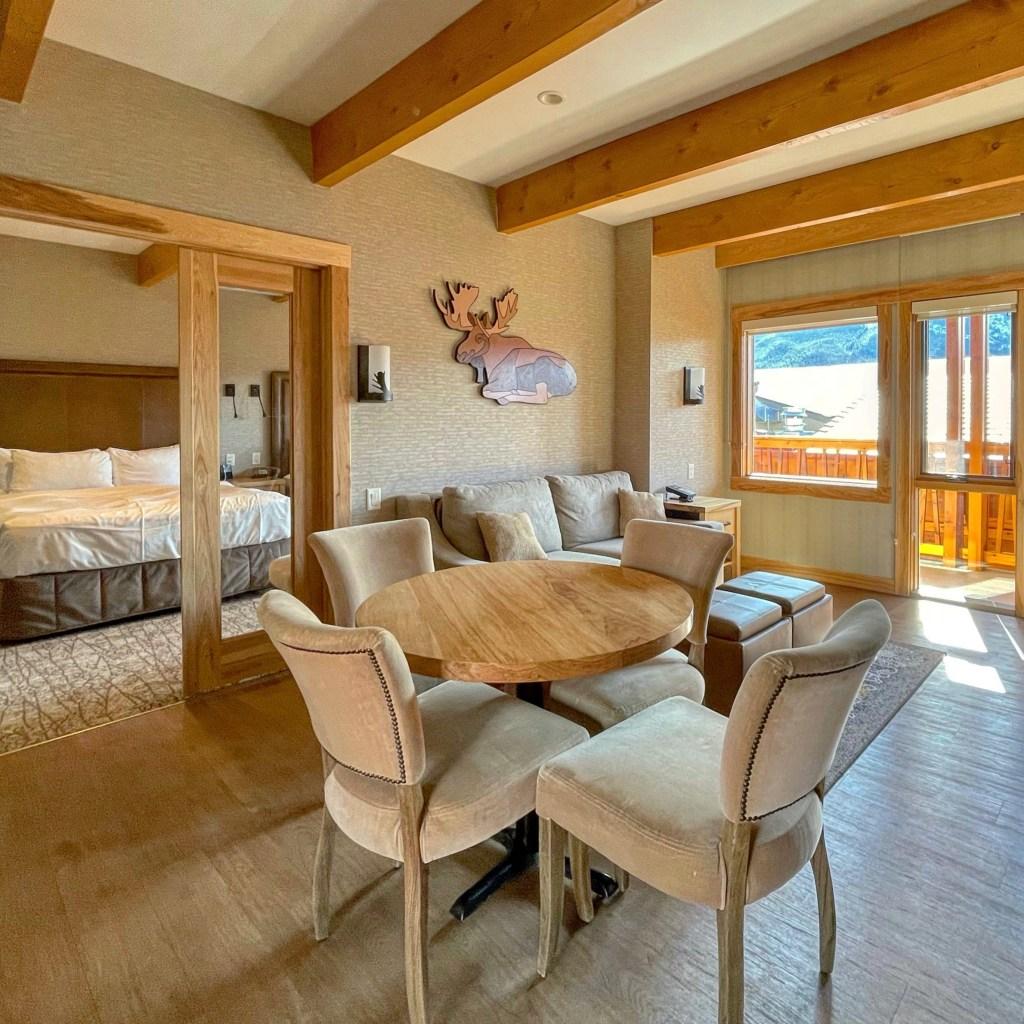 Rooftop Two Bedroom Suite, Moose Hotel & Suites Banff