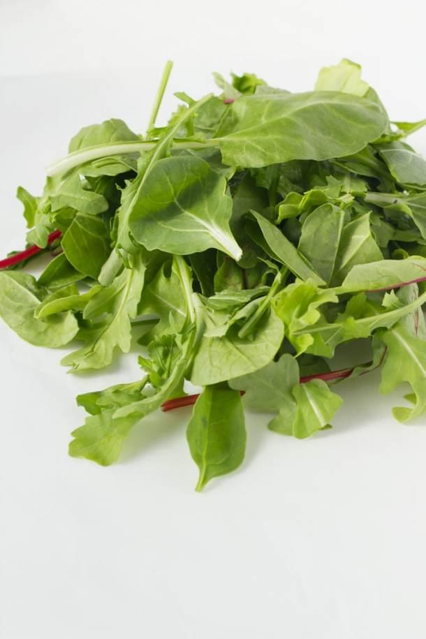 simple-mason-jar-salad-4