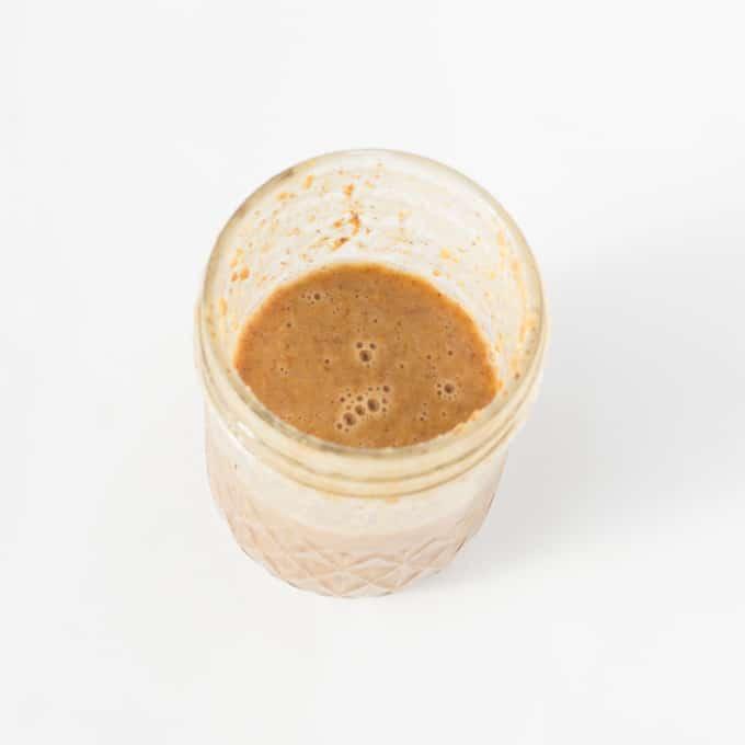 simple-mason-jar-salad-9