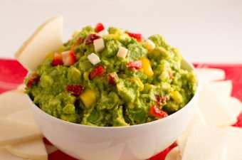Dessert Guacamole and Avocado Giveaway from The Avocado Diva | https://passtheplants.com